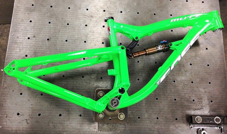 Foes Mutz-foes-mutz-neon-green-2.jpg