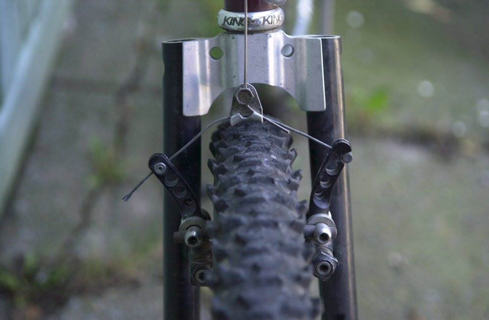 Canadian Steel! (let's see yours)-fork-detail.jpg
