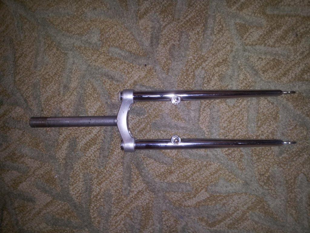 Tange Switchblade Fork?-fork-front.jpg