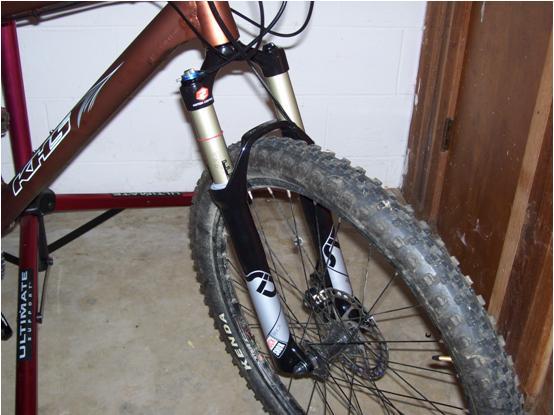 KHS xc 204 bike build-fork.jpg