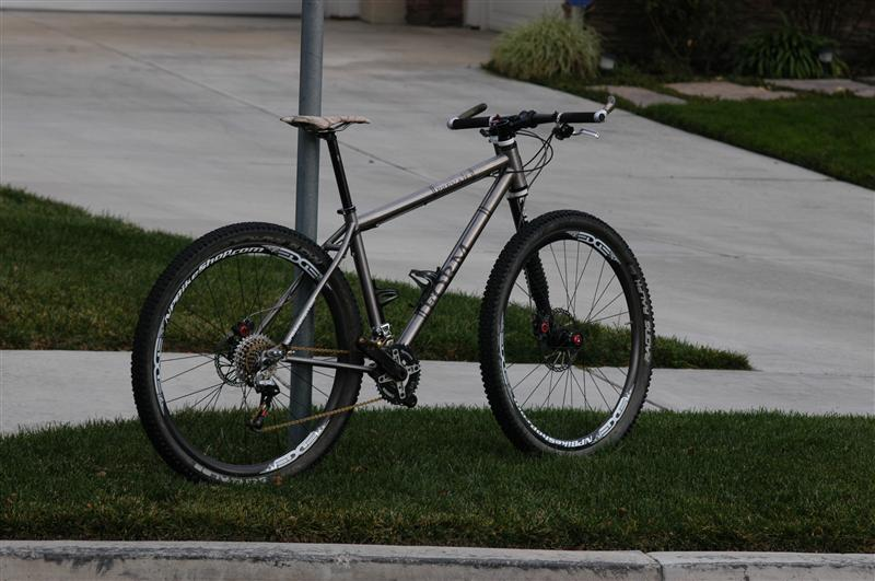Can We Start a New Post Pictures of your 29er Thread?-form-cycles-003-medium-.jpg