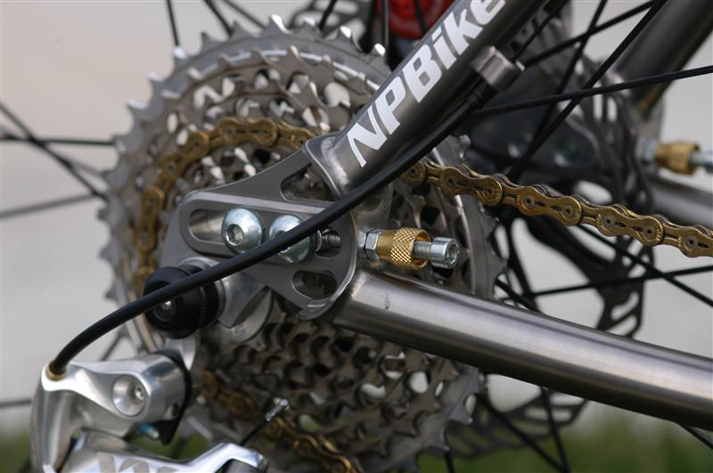 Can We Start a New Post Pictures of your 29er Thread?-form-cycles-007-medium-.jpg