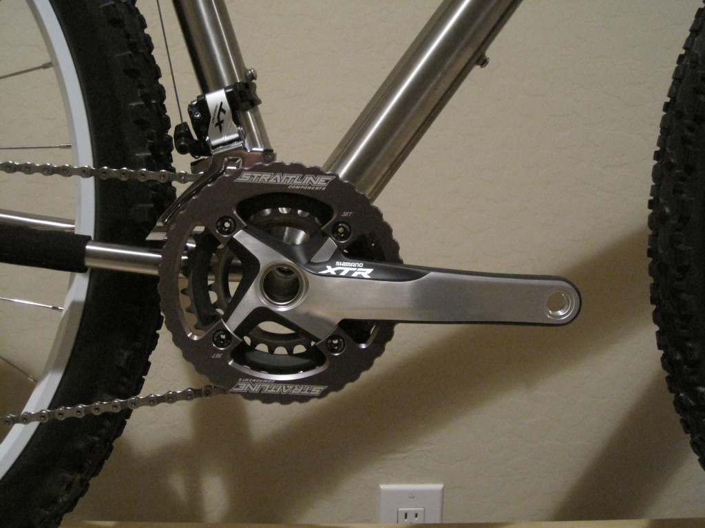 Custom Form Cycles Ti Prevail 29er-form_prevail_partial_build_cranks01sm.jpg
