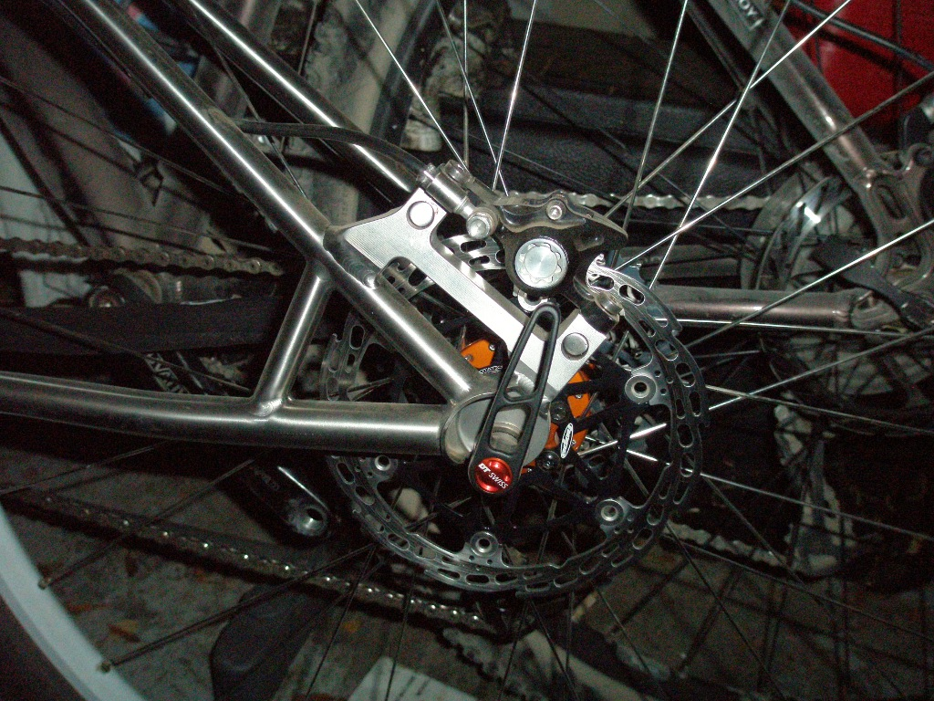 Custom Form Cycles Ti Prevail 29er-form_prevail_rear_brake01sm.jpg