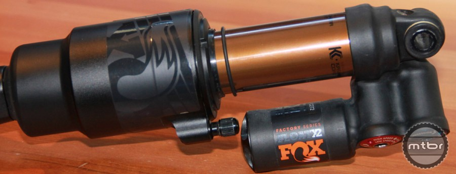 The Float X2 is Fox's highest performing air shock. It's intended for DH or gravity usage and is a regular on the World Cup and EWS.