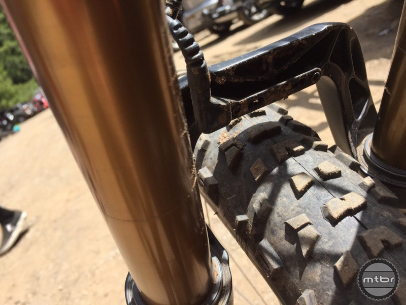 FOX originally intended to develop a fender that could mount via the hardware integrated on the backside of the fork arch. They are now repurposing this hardware to mount the Live Valve accelerometer.