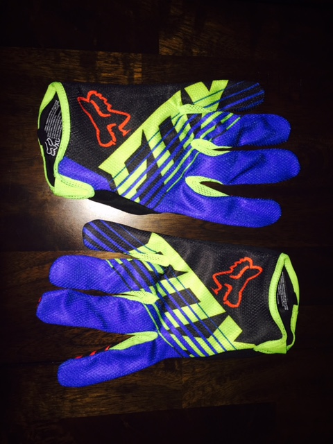 Post a PIC of your latest purchase [bike related only]-fox-savant-gloves.jpg