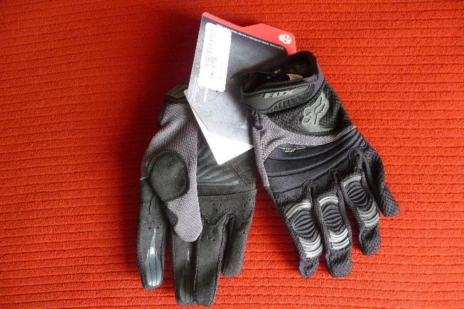 [Review] The new Fox Digit full finger gloves-fox_digit_gloves_red_b.jpg