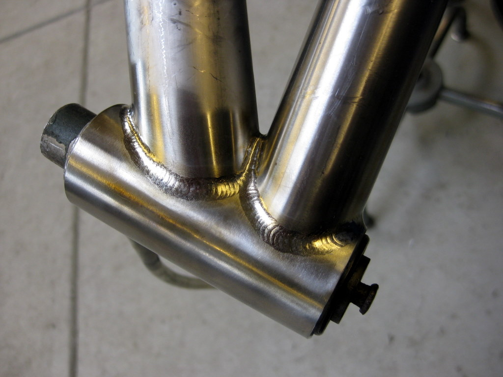 Frame Progress Head tube junction