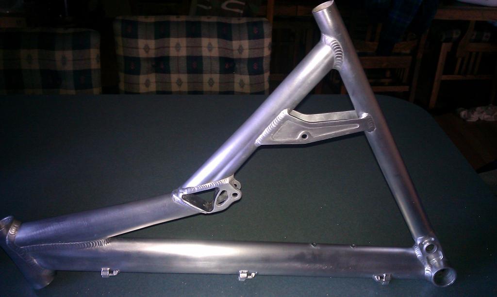 finally got my yeti 575 done....-framefinished.jpg
