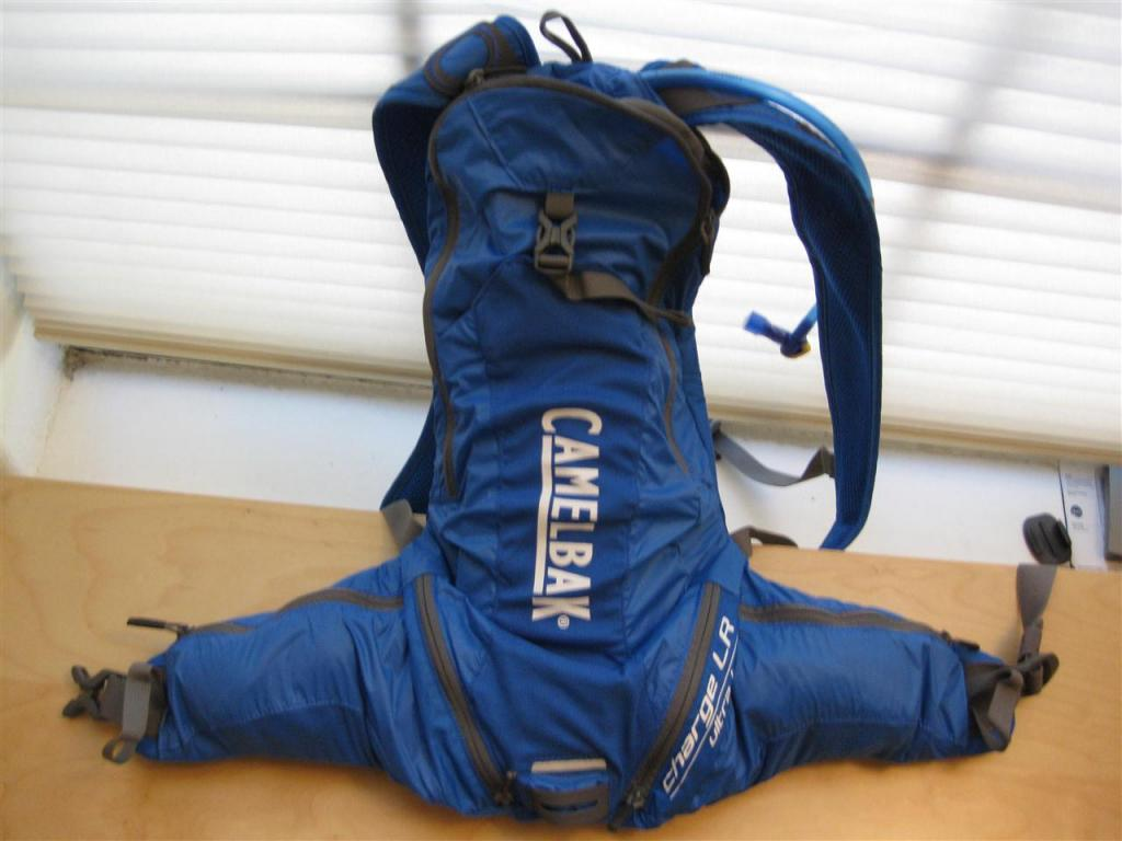 New lightweight Camelbak Charge LR--first look...-front-2-custom-.jpg
