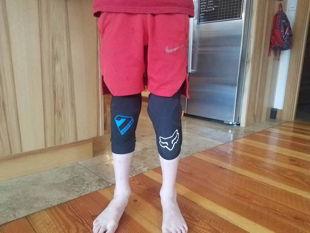 Any knee pad suggestions?-front.jpg