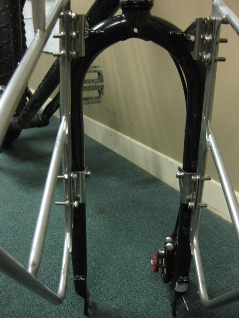 Surly Front rack mounts to Moonlander fork - no modifications-front-rack-013.jpg