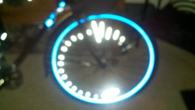 Project Beseen : Lets See That Reflective Tape!!-front-wheel-flash.jpg