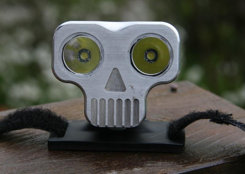 Meet the Skull, 2x XML/Regina-front_lille.jpg