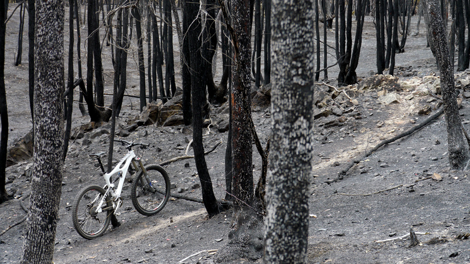 Spring Equinox, Mojo HD, MTB Australia [video]-fuel-reduction-burn-04.jpg