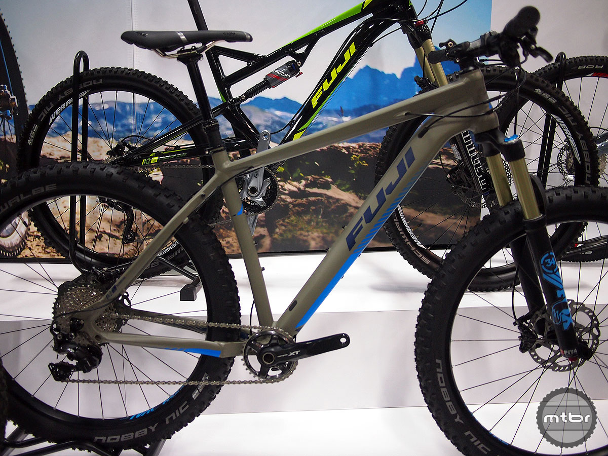Fuji's Bighorn is a hardtail plus bike with a Fox 34 Float fork, XT 1x drivetrain and KS LEV Integra dropper post.