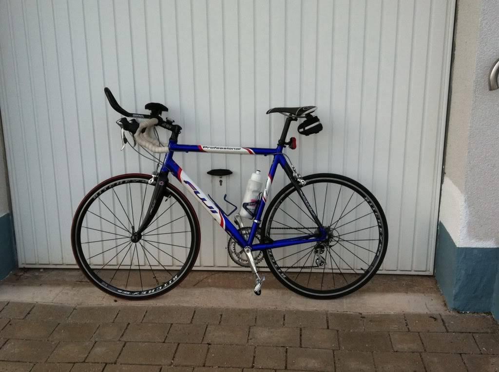 Roll Call:  How bigga boy are ya? What bike do you ride?-fujiroadbike.jpg
