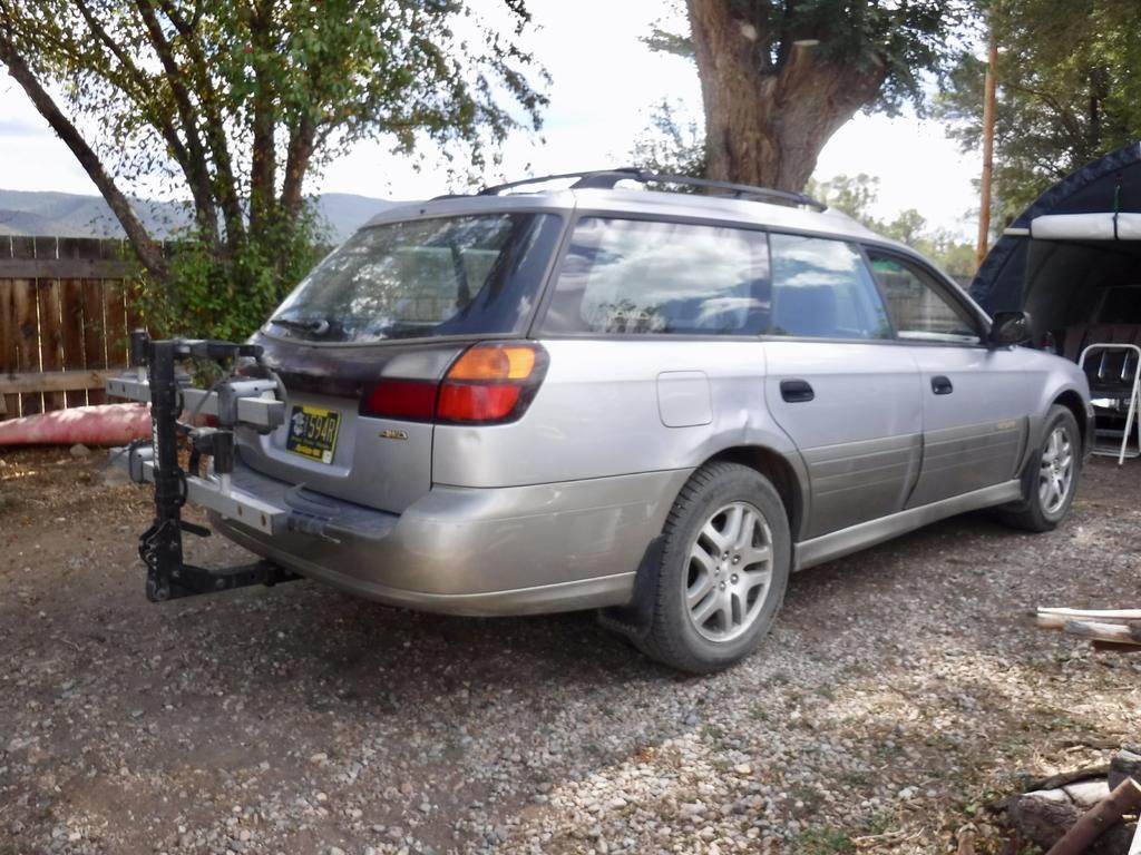"""2"""" hitch for car/wagon (2003 Subaru Outback)-fullsizeoutput_6b3.jpg"""