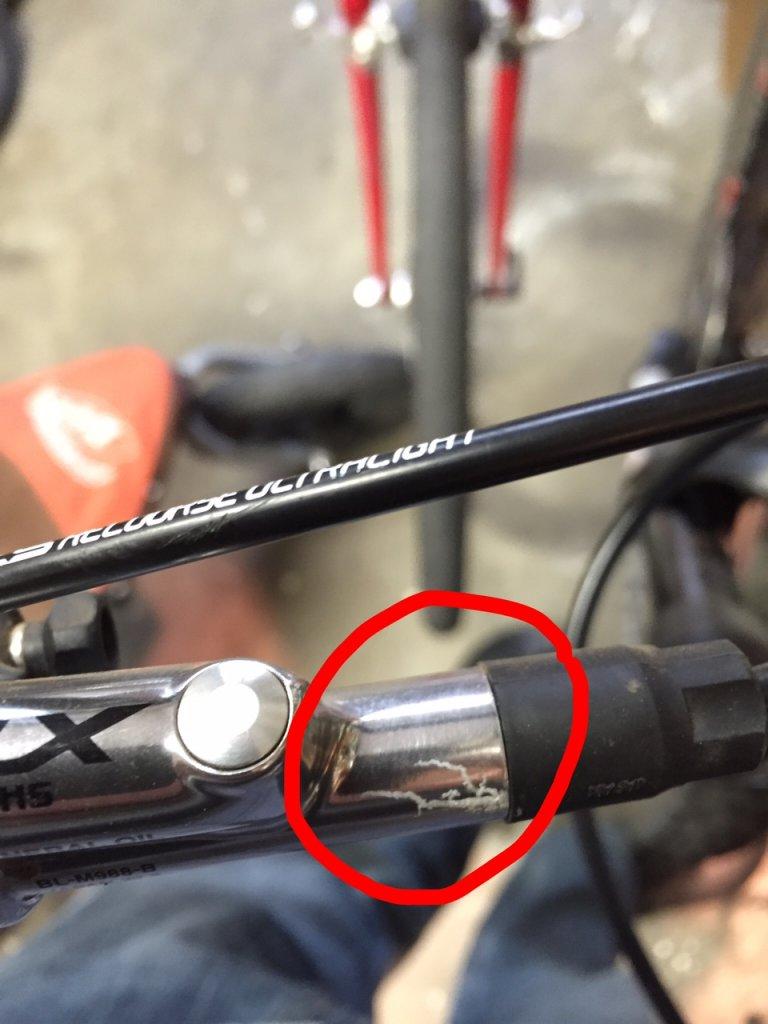 what wrong with this xtr brake ?-fullsizerender2.jpg