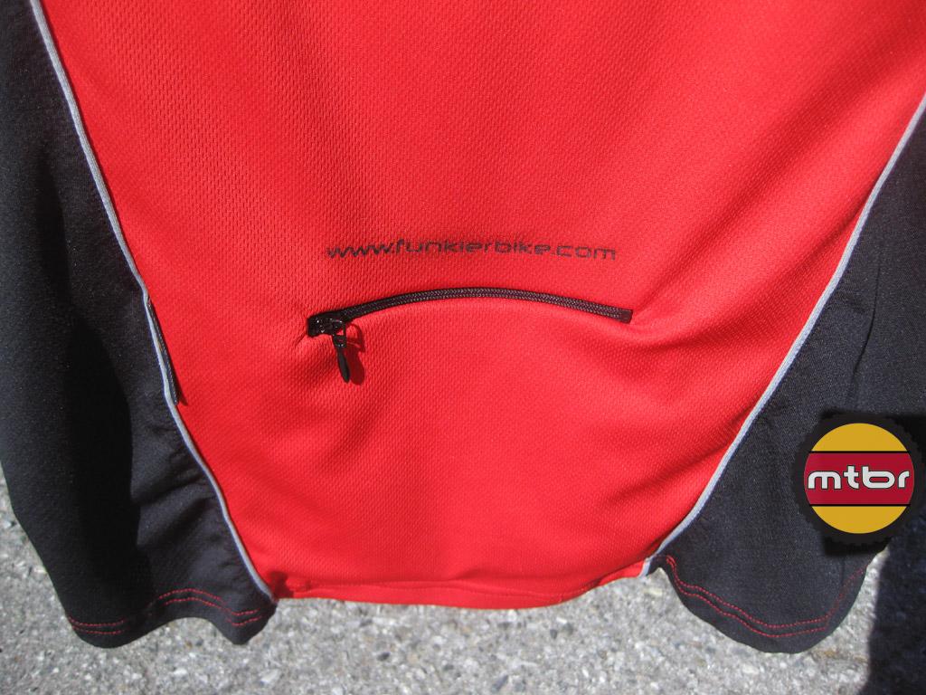 funkier-freeride-jersey-bac