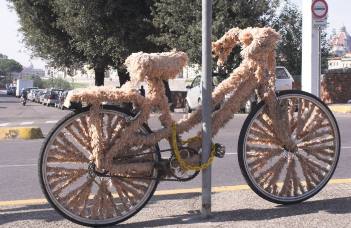 Ugliest MTB I have ever seen-furry-bike.jpg