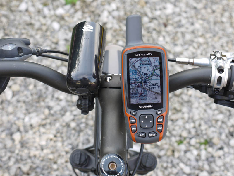 Noob to GPS - looking to buy-garmin_gpsmap_62s_photo_005_big.jpg