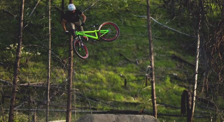 Garrett Robertson - dirt jumps