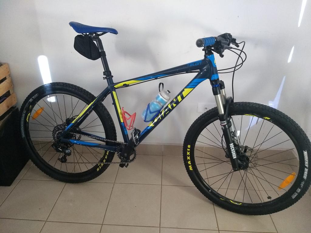 Post Pictures of your 27.5/ 650B Bike-giant-custom-talon.jpg