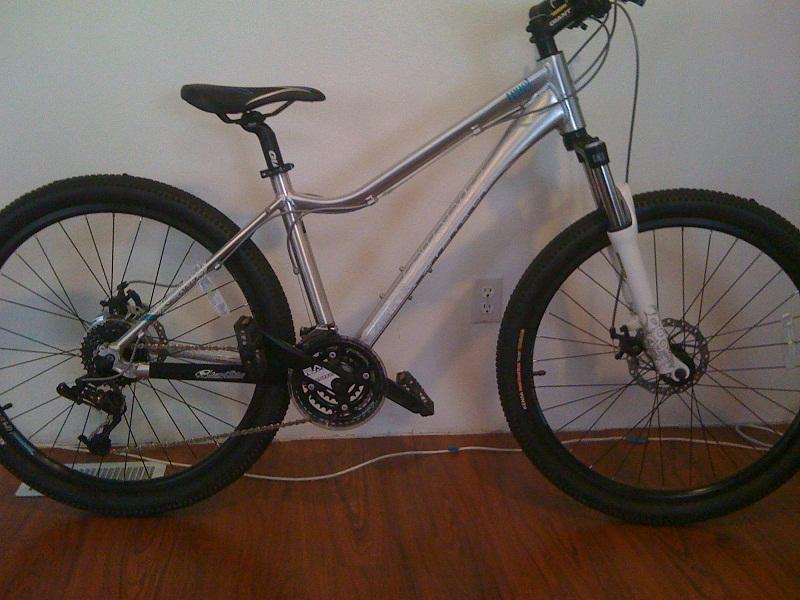 hey, Clyde...let's see your bikes!-giant-yukon-bike-pix-003.jpg