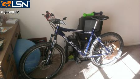 Name:  giantbike.jpg Views: 398 Size:  18.9 KB
