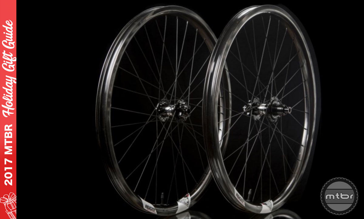 We Are One Agent Carbon Wheelset