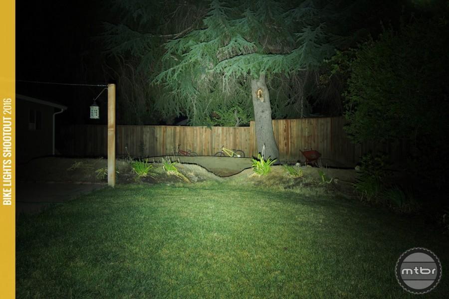 Lupine Wilma 7r vs GW XS - Help-gloworm-xs-beam-900x600.jpg