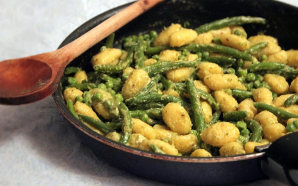 Vegetarian / Vegan / Raw recipes & chat-gnocchi.jpg