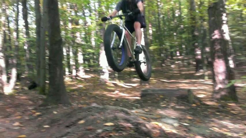 Fat Bike Air and Action Shots on Tech Terrain-gq73bb2.jpg