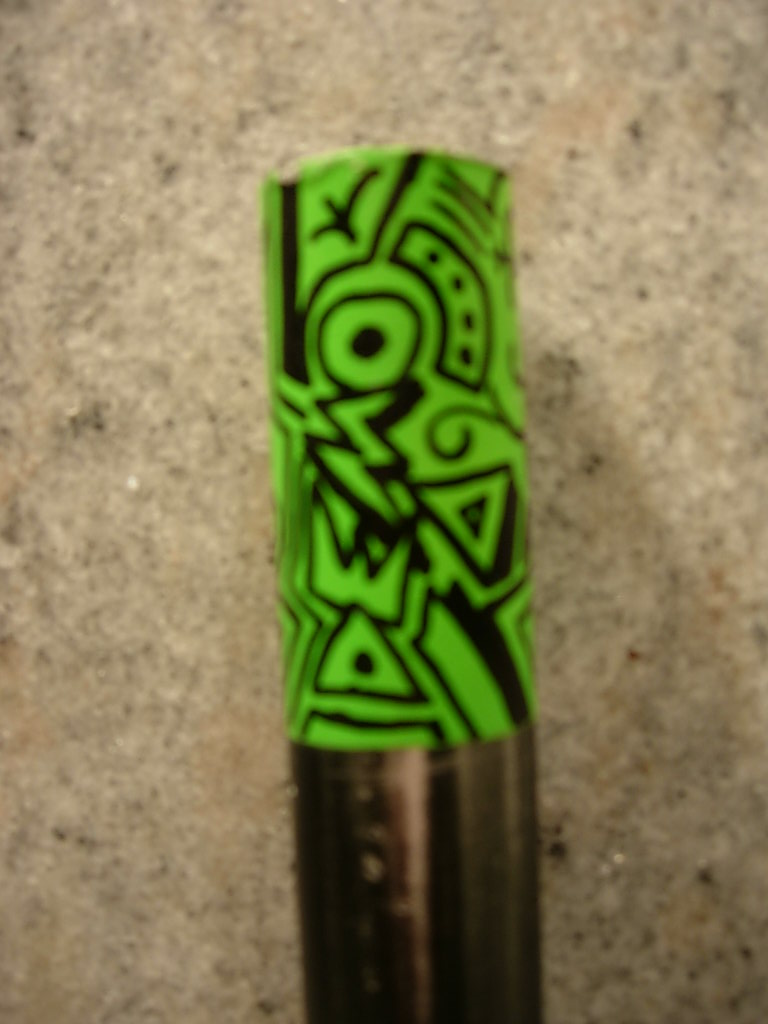 Rattle can+ Sharpie meets old helmet-green-bars-001.jpg