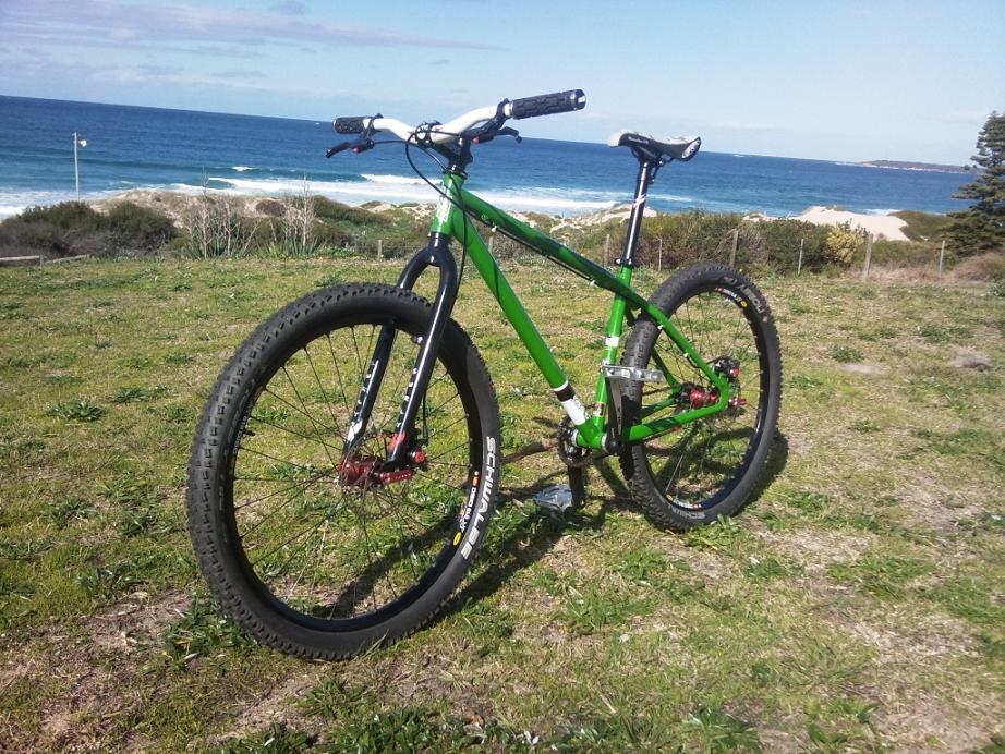 "26"" rigid riders-green-bike-010-copy1111.jpg"