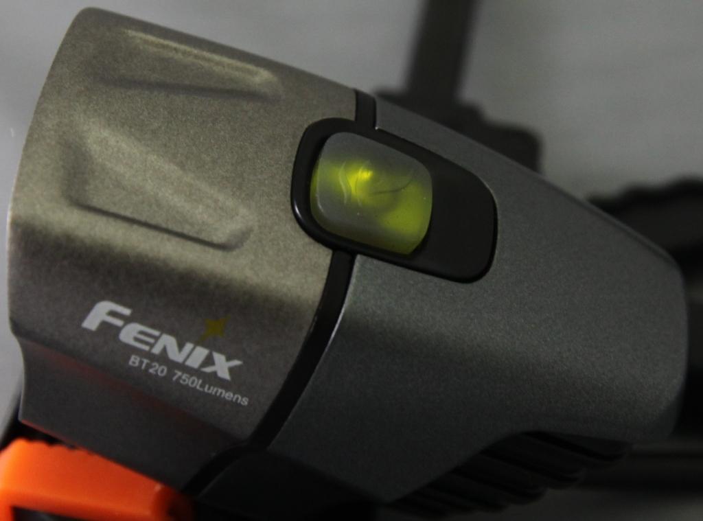 Fenix BT20-green-light.jpg