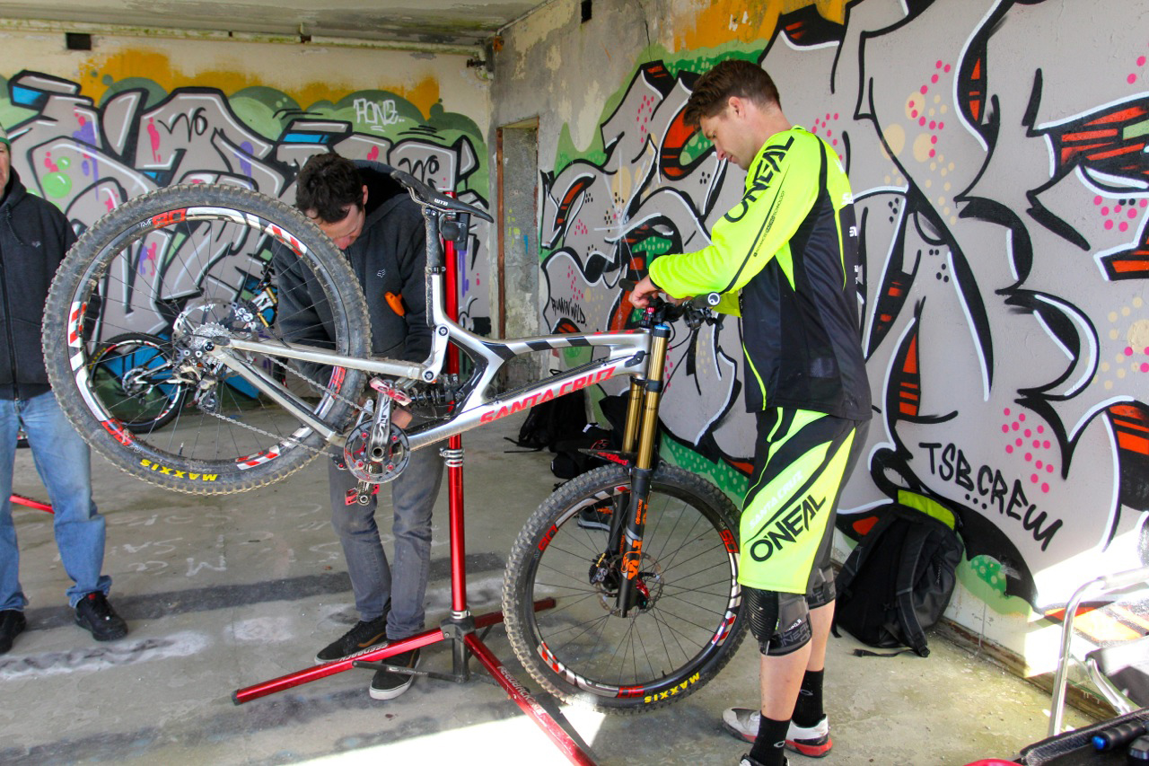 Greg Minnaar Syndicate V10 29er