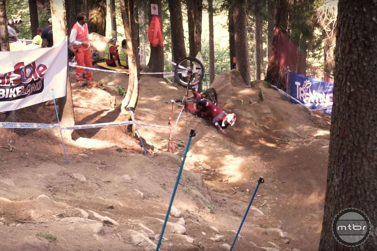 Greg Minnaar V10 29 Syndicate Frame Snapped