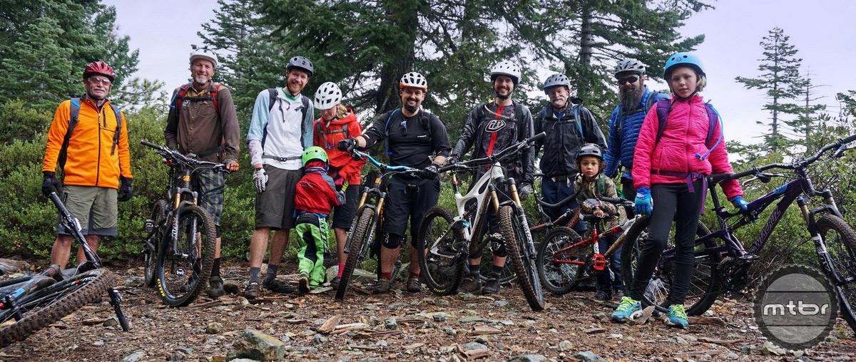 Group Photo Top of Mills Peak