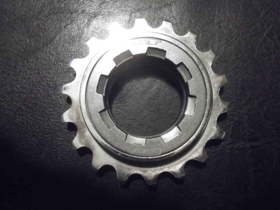 Rear wheel- Cog vs freewheel?-gt-120-fw_900x900.jpg