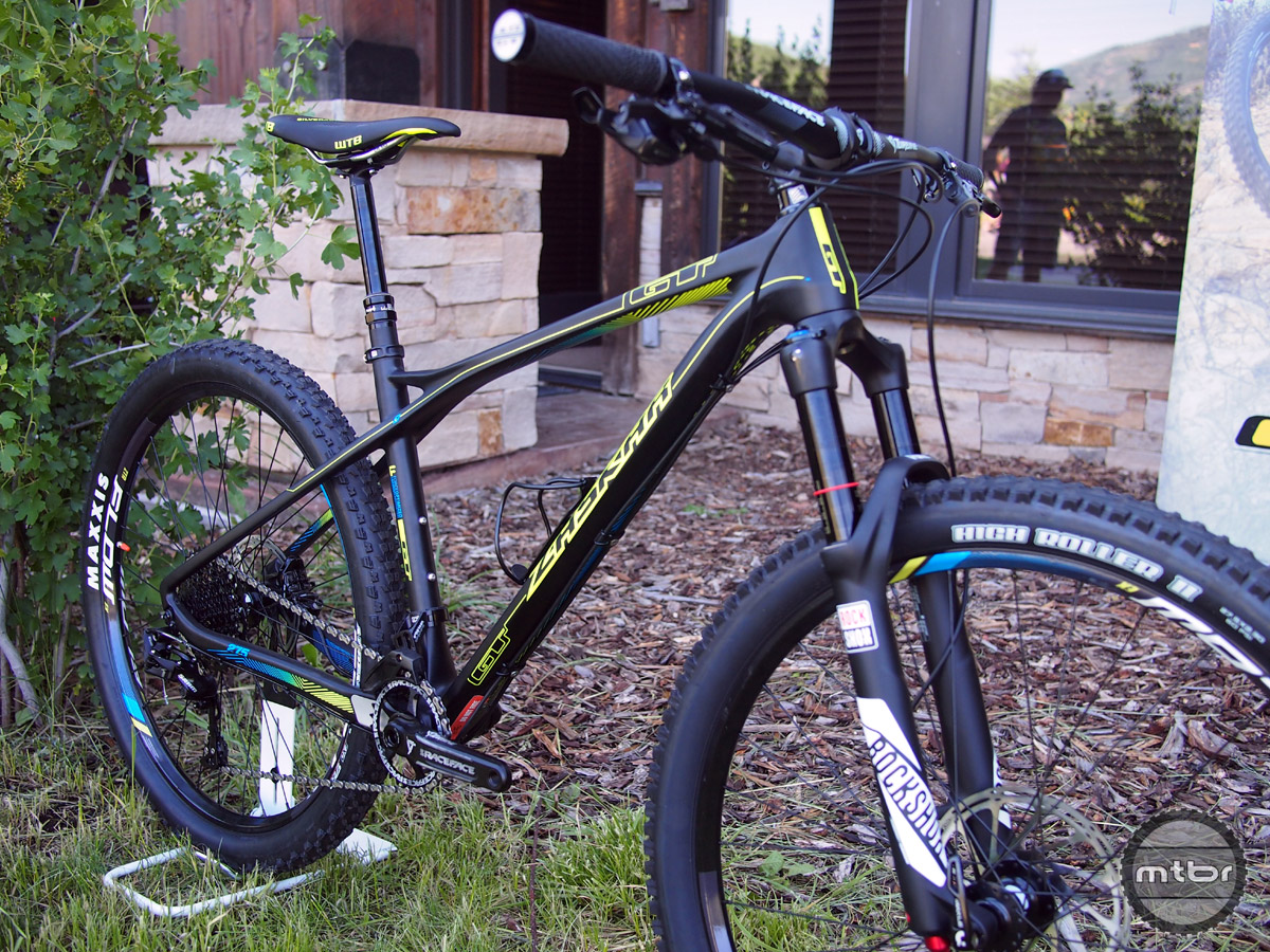 The top of the line Zaskar features F.O.C. Carbon frame, RockShox PIKE fork, SRAM X1 11-spd drivetrain and SRAM Guide RS brakes.