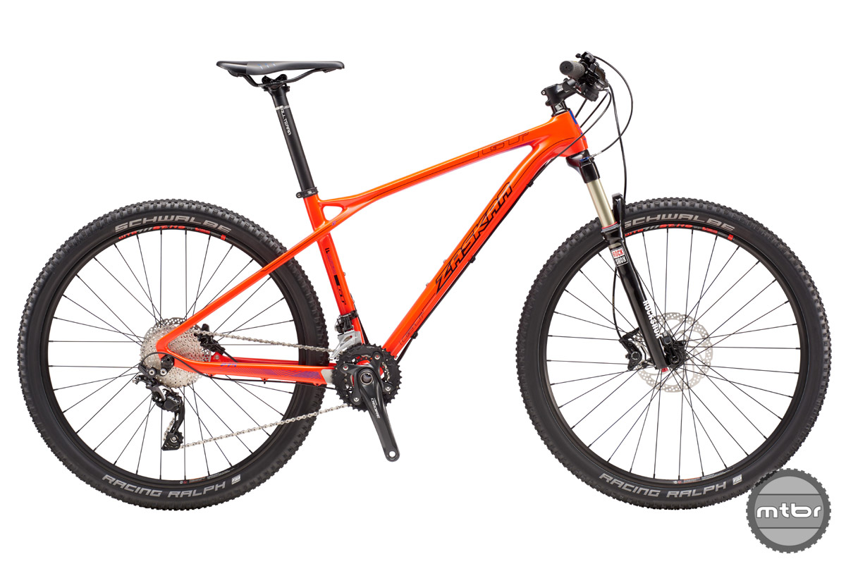 Features F.O.C. Carbon frame, RockShox Recon Gold RL 27.5 fork, Shimano Deore/SLX 2x11 drivetrain and Shimano Deore brakes.