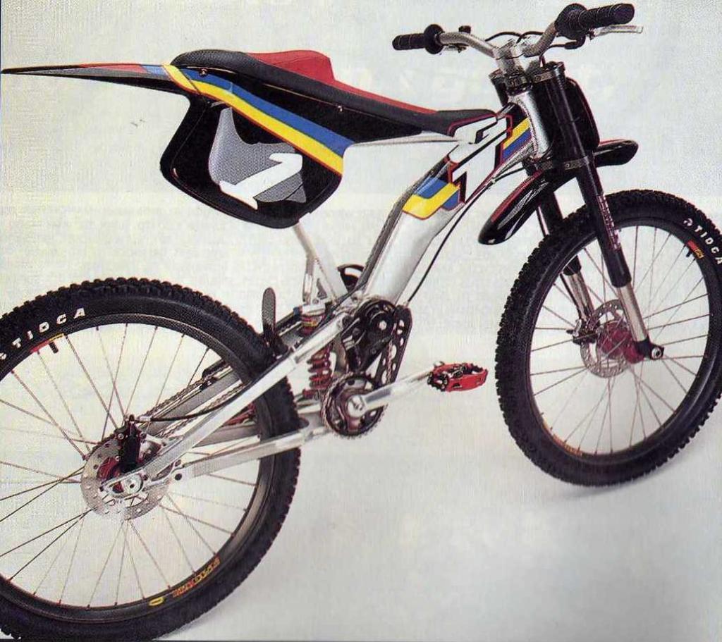 Old School DH bikes-gt_moto_prototype_640.jpg