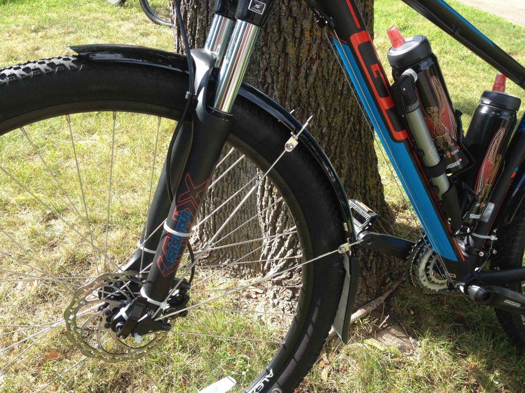 Fenders 'n rack, or no fenders 'n rack-gtbike_frfender.jpg
