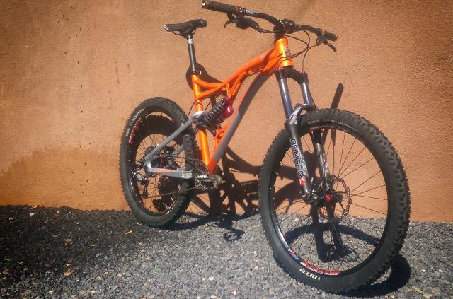 Titus Bike Pr0n-guapo_zpswfqqflnb.jpg