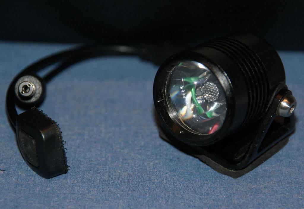 FS: Gloworm X1 Bike Light - Light Head - 950 Lumens-gw2.jpg