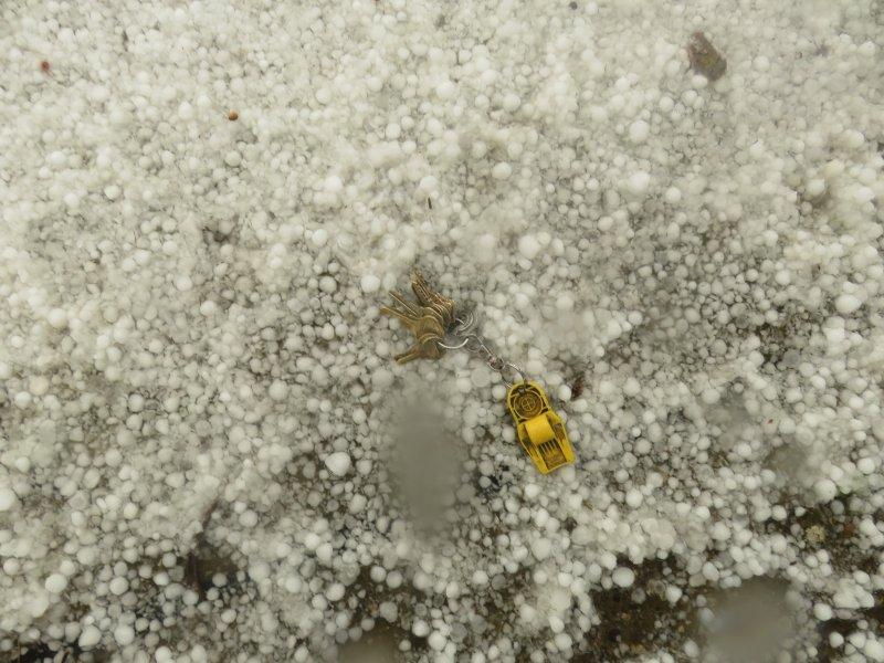 Ot:  Wow!!!!-hail-keys.jpg