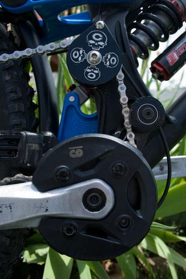 Formular 1 Jedi or Evil bike Revolt-hammer3.jpg